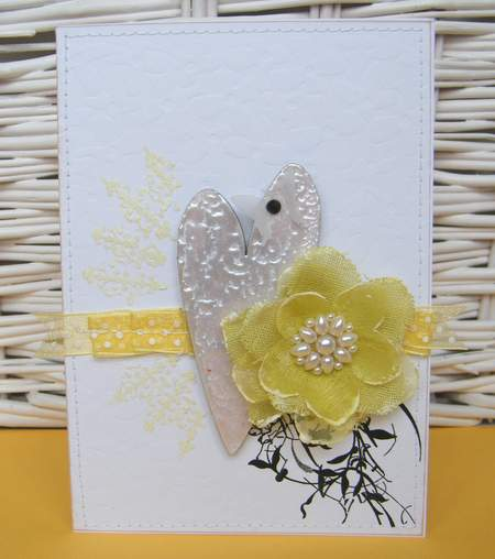 FiskChalle-chipboardCard on Yellow