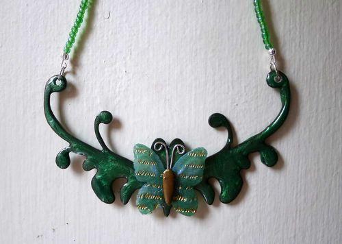 Necklace-up-close