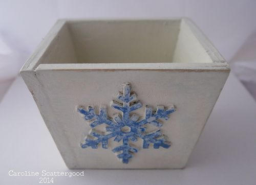 Wooden_Pot-Snowflake