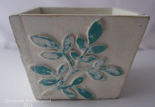 Wooden_Pot-Spring_Leaves-1